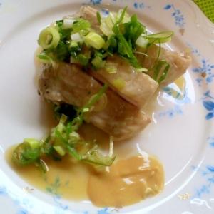 圧力鍋で柔らかもも肉の「蒸し鶏」