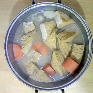厚揚げ、大根、人参の煮物