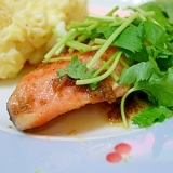 バルサミコ酢がおいしい!鮭のムニエル