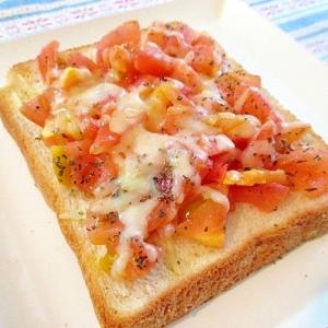 トマトとバジルのオリーブオイルトースト♪