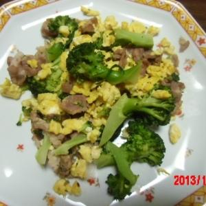 ブロッコリーと炒り卵和え