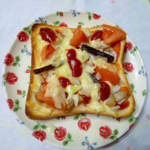 佃煮とトースト