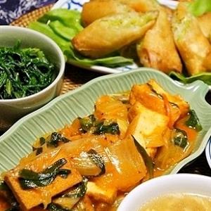 厚揚げと白菜のキムチ煮