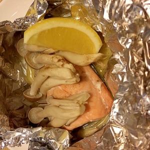 鮭(秋鮭)としめじのホイル焼き