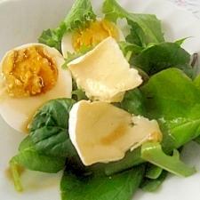 カマンベールチーズのサラダ