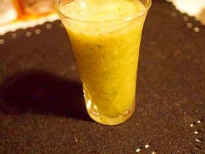 フレッシュジュース グレープフルーツ&リンゴ&胡瓜