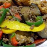 パプリカとひき肉の炒め物