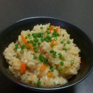 簡単だけど美味しいです!ツナとなめ茸の炊き込み御飯