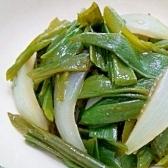 葉玉葱と新玉葱の酢味噌和え
