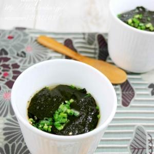 味付け海苔で、簡単海苔スープ。