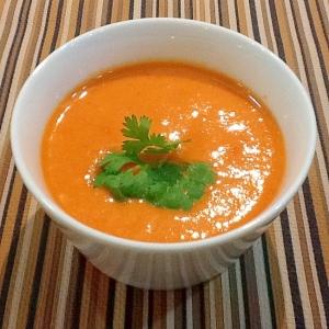 驚きのカプサンチンパワー*赤パプリカの冷製スープ