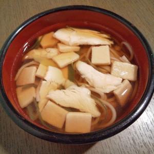 長ねぎ&サラダチキン&高野豆腐のお蕎麦