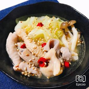 鶏肉でもOK!キャベツのモツ鍋風簡単煮