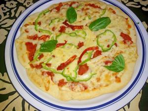 セミドライトマトのピザ