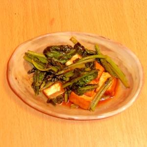 厚揚げと小松菜の甘酢マヨ炒め