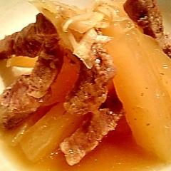圧力鍋で作る大根と豚モモ肉のオイスターソース煮♪