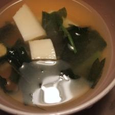 みずと豆腐の味噌汁