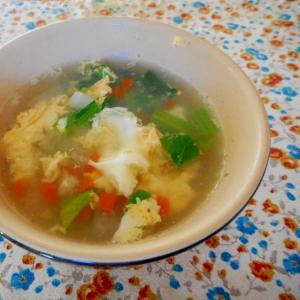 小松菜のコンソメスープ