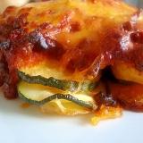 ズッキーニとポテト、ひき肉の重ね焼き。