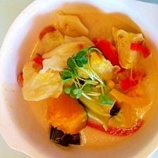 野菜たっぷり健康ヘルシー豆乳かぼちゃスープ