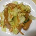 ウインナ、ズッキーニ、キャベツの炒め物