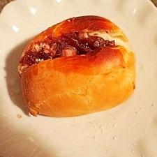 簡単にディナーロールで 小豆パン
