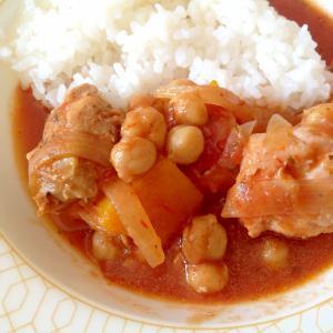 鶏肉とかぼちゃとひよこ豆のトマト煮