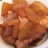 鶏手羽元と大根の煮物