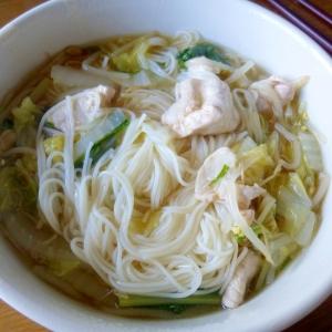 豚肉と白菜、もやし入りにゅう麺