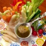 つららラディッシュと野菜のバーニャカウダ