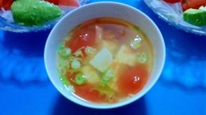 トマトと豆腐の和風スープ