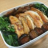 鮭ハラスとほうれん草のお弁当