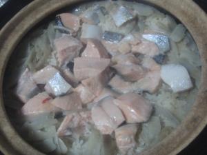 桜鱒の醤油麹炊き込みご飯