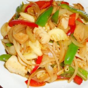 彩り野菜とイカの上海風炒め