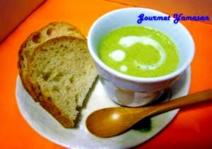 """エコレシピ 茎まで丸ごと """"ブロッコリーのスープ"""""""