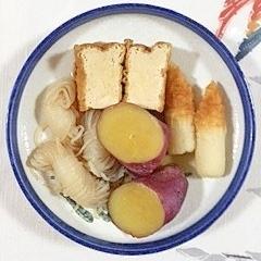 さつま芋と厚揚げ、ちくわの煮物