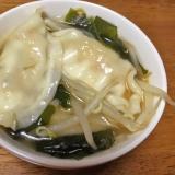 焼き餃子で水餃子スープ