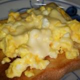 卵のチーズトースト