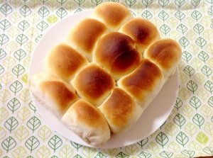 ふんわりもっちりちぎりパン(o^^o)