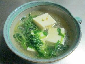 豆腐と豆苗の中華風スープ