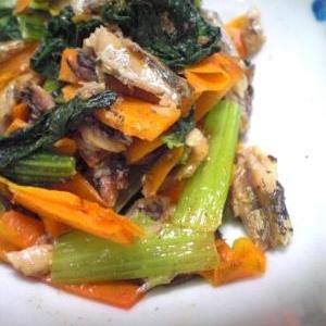 小松菜と人参のアンチョビ炒め
