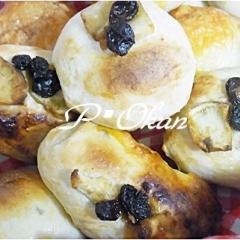 サツマイモとレーズンパン