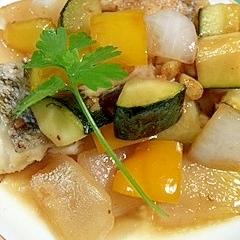 真鱈とズッキーニ、パプリカの甘酢炒め