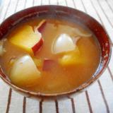 さつま芋と玉ねぎの味噌汁