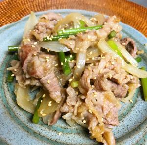 牛肉とニンニクの芽のスタミナ炒め