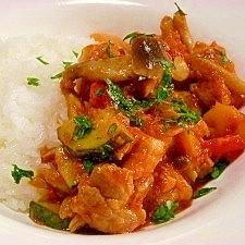 醤油麹入り☆ご飯に合う♪豚肉と野菜のトマト煮