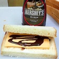 チョコレートチーズサンドイッチ