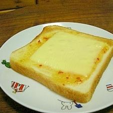 スイートチリチーズトースト