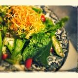 【ピリ辛】ゆず胡椒ドレッシングの和風サラダ
