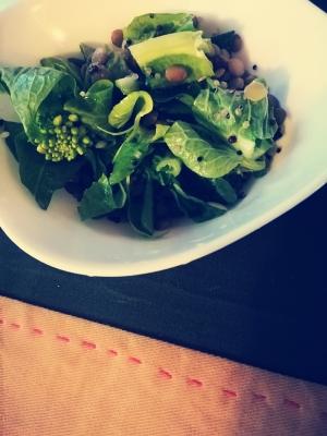 白菜の菜の花とキヌアの塩レモンサラダ